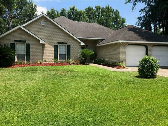 204 LAUREL Court Luling, LA 70070