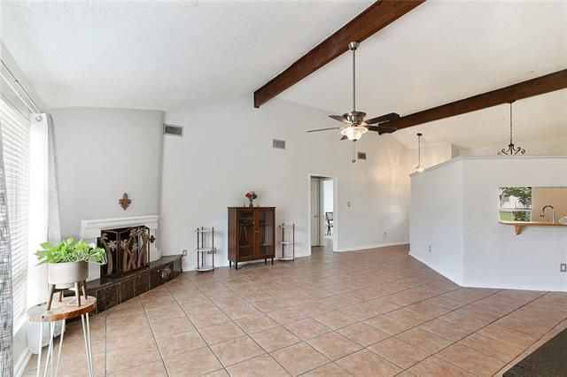1327 ADMIRAL NELSON Drive - Photo 2
