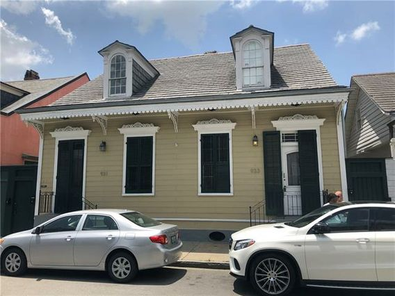 933 DAUPHINE Street New Orleans, LA 70116