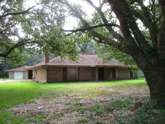 39590 DUTCH Lane Ponchatoula, LA 70454