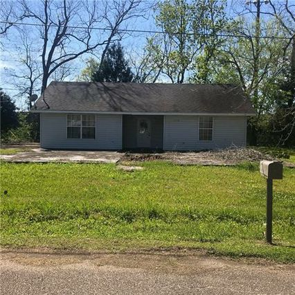 13198 WILLOW Street Vacherie, LA 70090