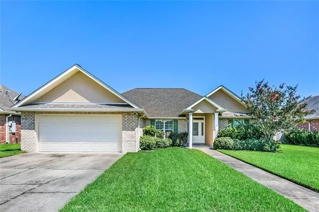 607 COUNTRY COTTAGE Boulevard Montz, LA 70068
