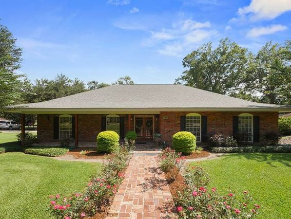 1346 MILITARY Road Bogalusa, LA 70427