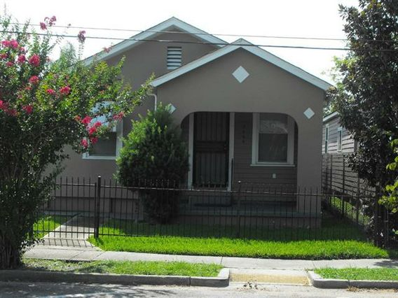 3608 JUMONVILLE Street New Orleans, LA 70122