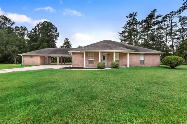 61155 N TRANQUILITY Road Lacombe, LA 70445
