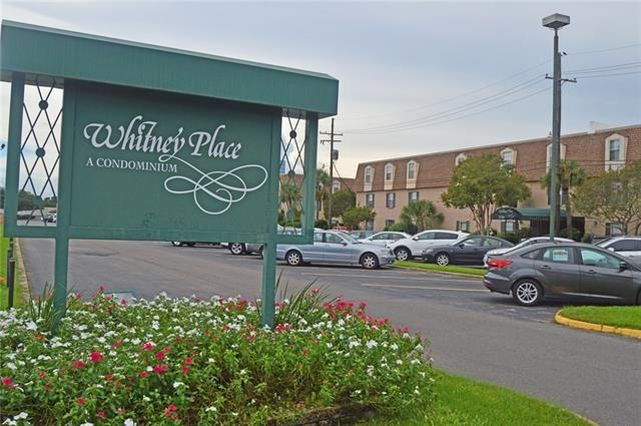 2720 WHITNEY Place Metairie, LA 70002