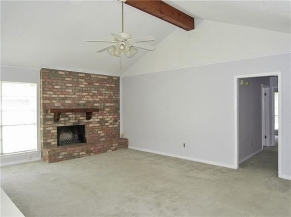 312 LAKE VILLAGE Boulevard - Photo 3