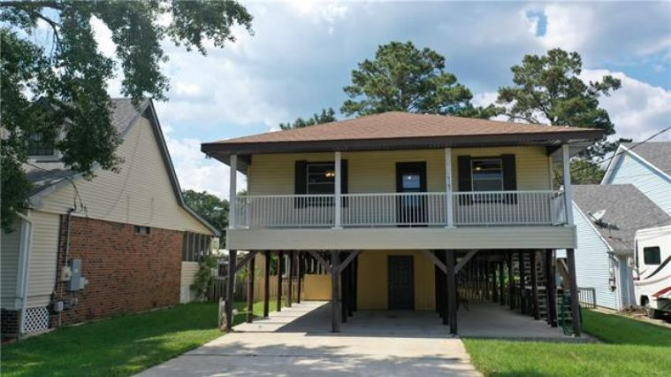 3107 BAYOU VIEW Place Slidell, LA 70458