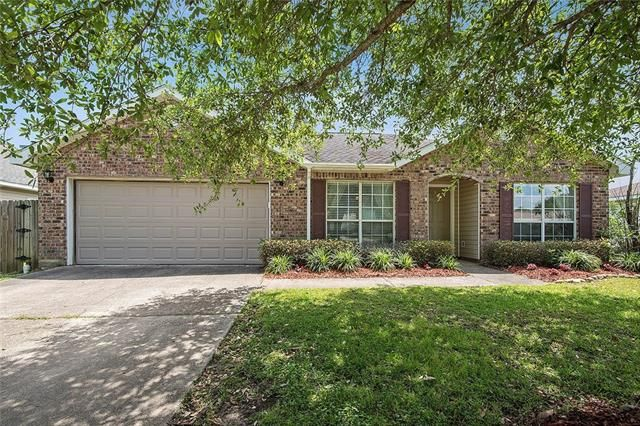 1113 MARY KEVIN Drive Slidell, LA 70461