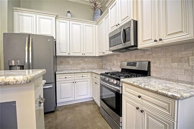 840 DECATUR Street - Photo 3