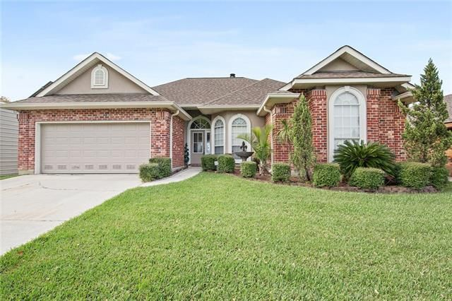 116 COLUMBIA Place Slidell, LA 70458