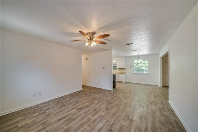 8797 SUNNYSIDE Drive - Photo 3