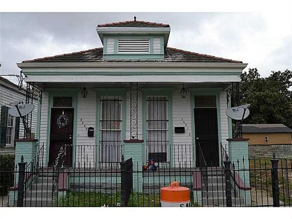 5451 CHARTRES Street New Orleans, LA 70117