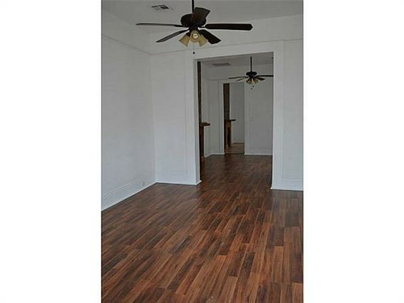 5451 CHARTRES Street - Photo 3
