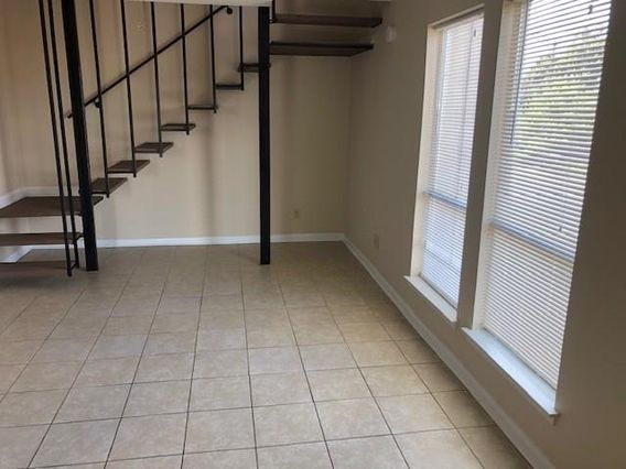 548 W WILLIAM DAVID Parkway #212 - Photo 3