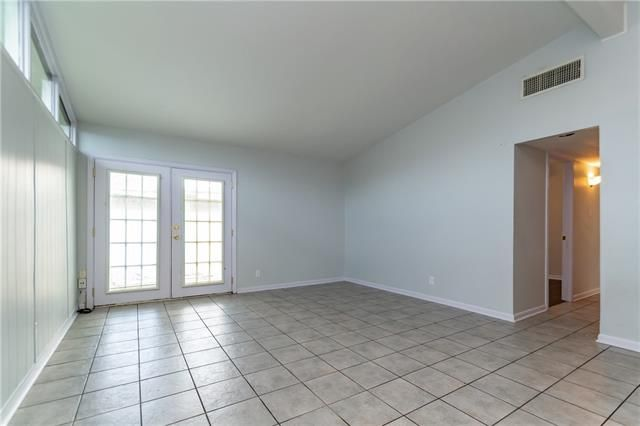 2136 BROWNING Lane - Photo 3