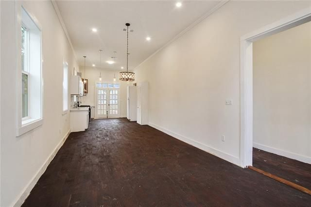 2530 PHILIP Street - Photo 2