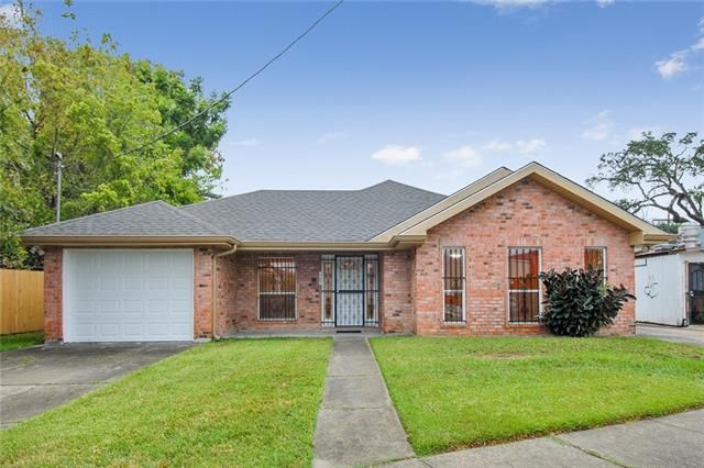 2701 ORCHID Street New Orleans, LA 70119