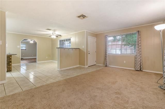 4056 SHAWN Drive - Photo 2