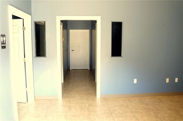 68361 COMMERCIAL WAY SOUTH #8 - Photo 2