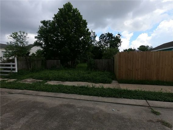 2325 INDEPENDENCE Street - Photo 3