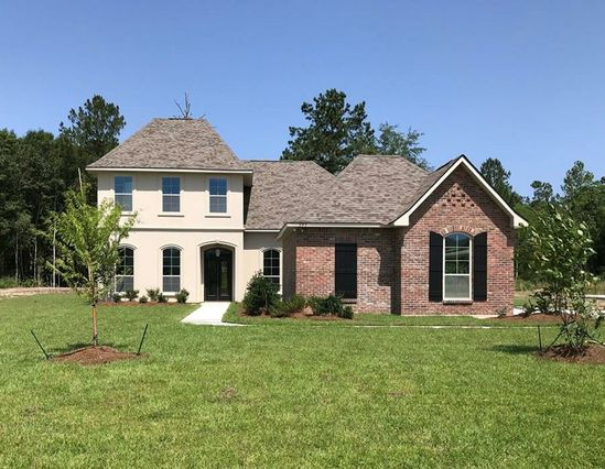 395 SAW GRASS Loop Covington, LA 70435