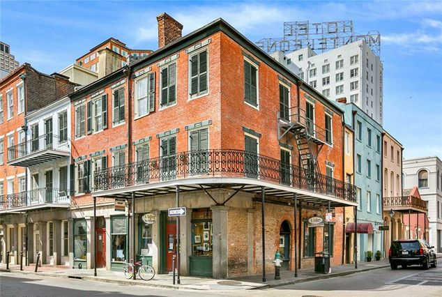 239-241 CHARTRES Street New Orleans, LA 70130