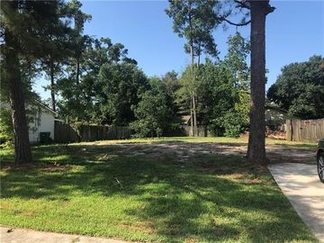 203 WOODCREST Drive Slidell, LA 70458