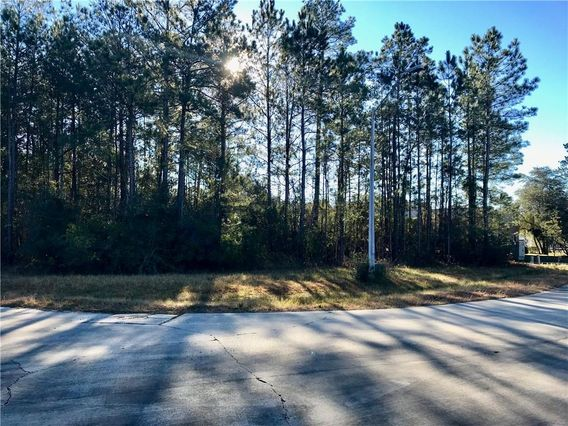 Lot 14 COMMERCE ROW Mandeville, LA 70471