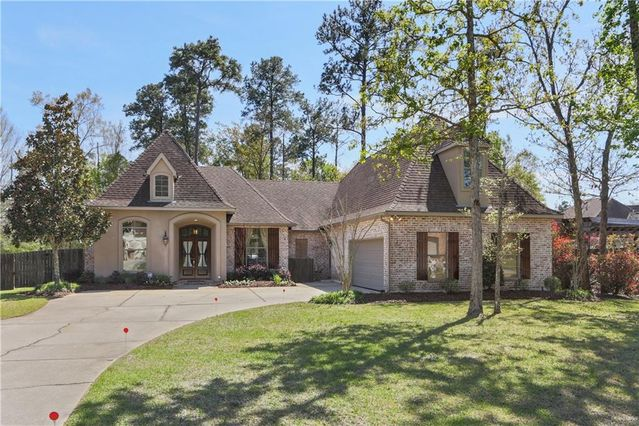 704 KELLYWOOD Court Covington, LA 70433