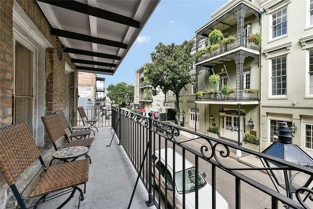 315 DECATUR Street - Photo 3