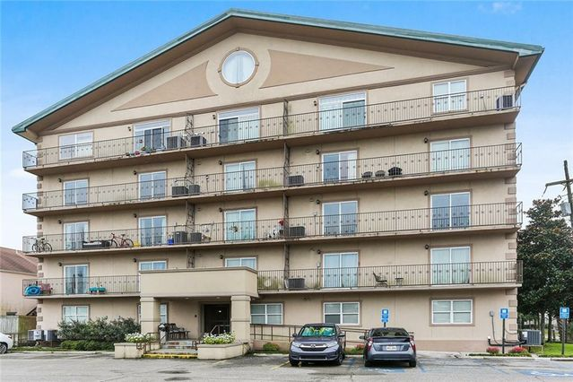 3456 CLEARY Avenue #301 Metairie, LA 70002