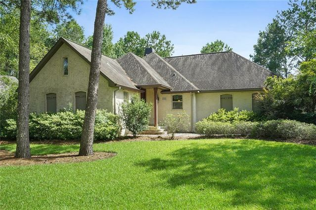22316 DEANETTE Lane Robert, LA 70455