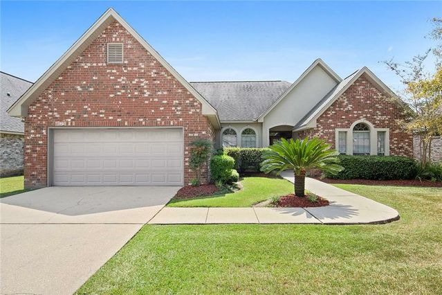 617 BELLINGRATH Lane Slidell, LA 70458