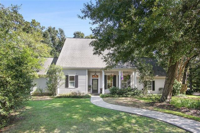 10 CAROLINA Court Covington, LA 70433