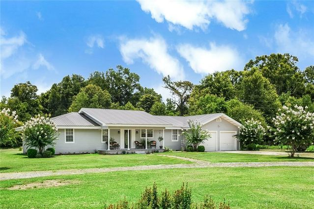 85230 KINGS Road Bogalusa, LA 70427