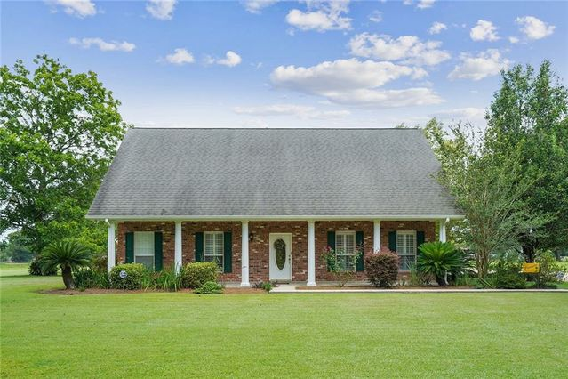 52079 RED HILL Road Independence, LA 70443