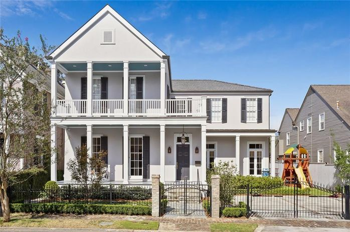 6031 GARFIELD Street New Orleans, LA 70118
