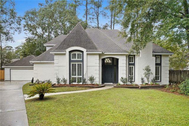 14 LOBLOLLY Court Mandeville, LA 70448
