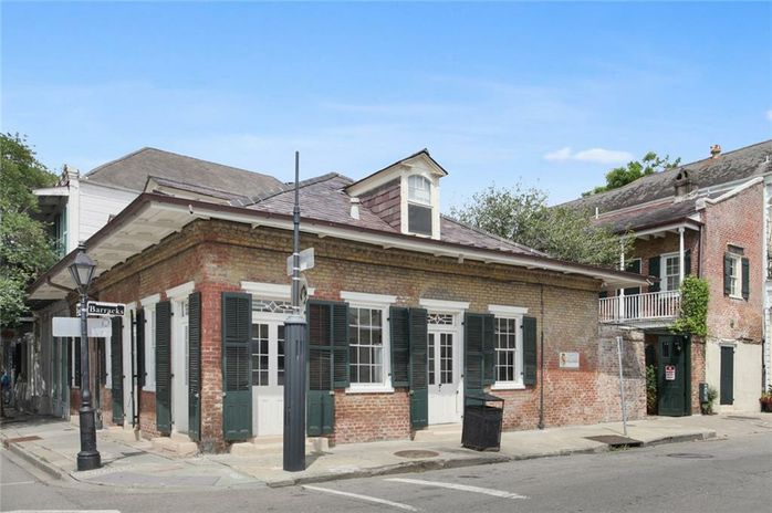 841 BARRACKS Street New Orleans, LA 70116