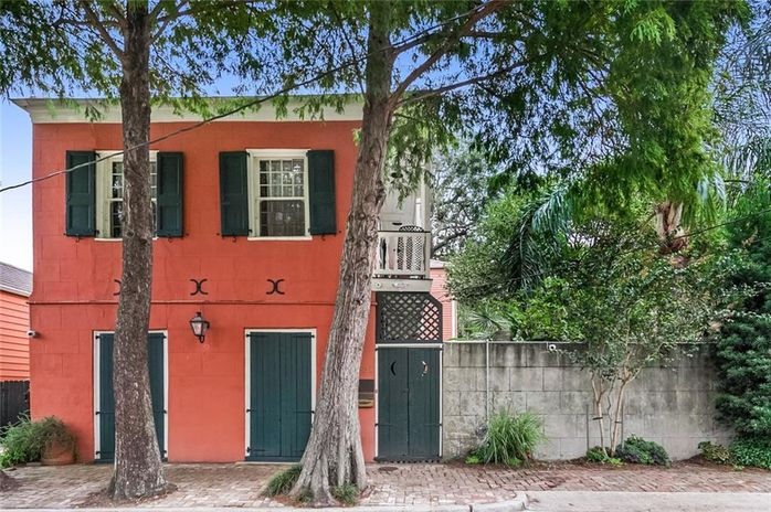 631 INDEPENDENCE Street New Orleans, LA 70117