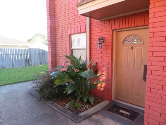 1613 CLEARVIEW Parkway - Photo 3