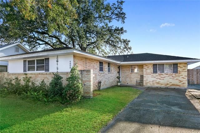 9808 JOEL Avenue River Ridge, LA 70123