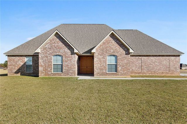 22127 CROSS Lane Loranger, LA 70446