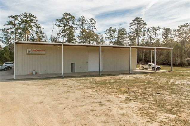 11043 GENE MCDONALD Road Tickfaw, LA 70466