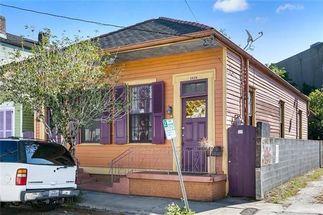 1428 CHARTRES Street - Photo 2