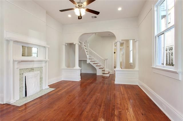 123 SHERWOOD FOREST Drive - Photo 2