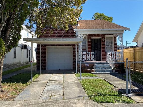 4119 DUPLESSIS Street New Orleans, LA 70122