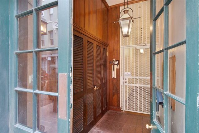 214 CHARTRES Street #4 - Photo 3