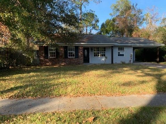 1586 SUNSET Drive Slidell, LA 70460